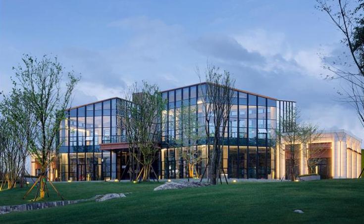 铁阅山湖单体建筑